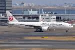 Timothyさんが、羽田空港で撮影した日本航空 777-289の航空フォト(写真)