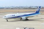 水月さんが、伊丹空港で撮影した全日空 777-281/ERの航空フォト(写真)