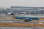 hnd22さんが、羽田空港で撮影したベトナム航空 A350-941XWBの航空フォト(写真)