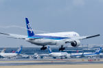 ぎんじろーさんが、成田国際空港で撮影した全日空 777-381/ERの航空フォト(写真)