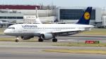 誘喜さんが、ロンドン・ヒースロー空港で撮影したルフトハンザドイツ航空 A320-211の航空フォト(写真)