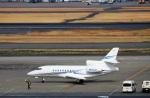 ハム太郎さんが、羽田空港で撮影したアメリカ個人所有 Falcon 900の航空フォト(写真)