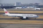 JA8037さんが、羽田空港で撮影した日本航空 777-289の航空フォト(写真)