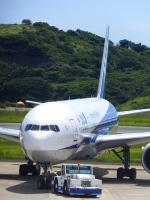 ななにさんが、長崎空港で撮影した全日空 777-281/ERの航空フォト(写真)