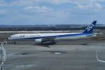 職業旅人さんが、新千歳空港で撮影した全日空 777-381の航空フォト(写真)