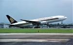 ハミングバードさんが、名古屋飛行場で撮影したシンガポール航空 777-212/ERの航空フォト(写真)