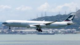 誘喜さんが、香港国際空港で撮影したキャセイパシフィック航空 A340-313Xの航空フォト(写真)