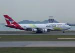 Willieさんが、香港国際空港で撮影したカンタス航空 747-438/ERの航空フォト(写真)