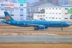 Tomo_ritoguriさんが、福岡空港で撮影したベトナム航空 A321-231の航空フォト(写真)