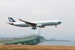 ガス屋のヨッシーさんが、関西国際空港で撮影したキャセイパシフィック航空 A330-343Xの航空フォト(写真)