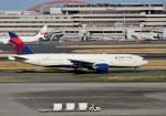 mojioさんが、羽田空港で撮影したデルタ航空 777-232/ERの航空フォト(写真)