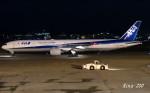 RINA-200さんが、小松空港で撮影した全日空 777-381の航空フォト(写真)