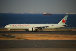 KAMIYA JASDFさんが、羽田空港で撮影したエア・カナダ 777-333/ERの航空フォト(写真)