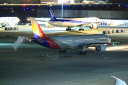 KAMIYA JASDFさんが、羽田空港で撮影したアシアナ航空 A330-323Xの航空フォト(写真)