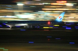 KAMIYA JASDFさんが、羽田空港で撮影した大韓航空 777-2B5/ERの航空フォト(写真)