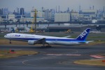 KAMIYA JASDFさんが、羽田空港で撮影した全日空 777-381の航空フォト(写真)