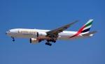 KAZKAZさんが、ドバイ国際空港で撮影したエミレーツ航空 777-21H/LRの航空フォト(写真)