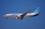 KAZKAZさんが、ドバイ国際空港で撮影したフライドバイ 737-8KNの航空フォト(写真)