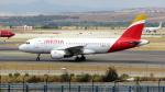 誘喜さんが、マドリード・バラハス国際空港で撮影したイベリア航空 A319-111の航空フォト(写真)