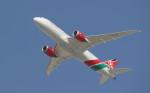 サチさんが、ドバイ国際空港で撮影したケニア航空 787-8 Dreamlinerの航空フォト(写真)