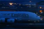 takaRJNSさんが、クアラルンプール国際空港で撮影したエミレーツ航空 A380-842の航空フォト(写真)