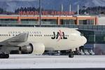 robbyさんが、函館空港で撮影した日本航空 767-346の航空フォト(写真)