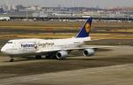 あしゅーさんが、羽田空港で撮影したルフトハンザドイツ航空 747-830の航空フォト(写真)