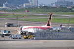 Timothyさんが、名古屋飛行場で撮影した三菱航空機 MRJ90STDの航空フォト(写真)