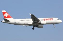 masa707さんが、ロンドン・ヒースロー空港で撮影したスイスインターナショナルエアラインズ A320-214の航空フォト(写真)