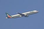 masa707さんが、ロンドン・ヒースロー空港で撮影したアリタリア航空 A321-112の航空フォト(写真)