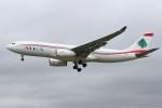 masa707さんが、ロンドン・ヒースロー空港で撮影したミドル・イースト航空 A330-243の航空フォト(写真)