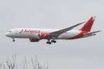 masa707さんが、ロンドン・ヒースロー空港で撮影したアビアンカ航空 787-8 Dreamlinerの航空フォト(写真)