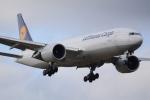 うとさんが、成田国際空港で撮影したルフトハンザ・カーゴ 777-FBTの航空フォト(写真)