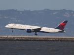 職業旅人さんが、サンフランシスコ国際空港で撮影したデルタ航空 757-232の航空フォト(写真)