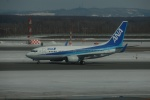 よしポンさんが、新千歳空港で撮影した全日空 737-781の航空フォト(写真)