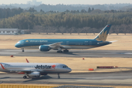 Koenig117さんが、成田国際空港で撮影したベトナム航空 787-9の航空フォト(写真)
