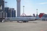 小牛田薫さんが、羽田空港で撮影した日本航空 MD-90-30の航空フォト(写真)