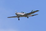 オポッサムさんが、横田基地で撮影したオートパンサー PA-46-310P Malibuの航空フォト(写真)