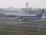 F.KAITOさんが、福岡空港で撮影した全日空 767-381の航空フォト(写真)