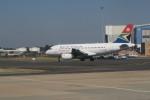 職業旅人さんが、O・R・タンボ国際空港で撮影した南アフリカ航空 A319-131の航空フォト(写真)