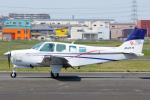 よっしぃさんが、八尾空港で撮影した個人所有 A36 Bonanza 36の航空フォト(写真)