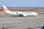 ハヤテさんが、山口宇部空港で撮影した日本航空 737-846の航空フォト(写真)