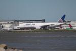 職業旅人さんが、サンフランシスコ国際空港で撮影したユナイテッド航空 777-222の航空フォト(写真)