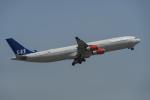 地主さんが、成田国際空港で撮影したスカンジナビア航空 A340-313Xの航空フォト(写真)