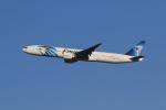 気分屋さんが、成田国際空港で撮影したエジプト航空 777-36N/ERの航空フォト(写真)
