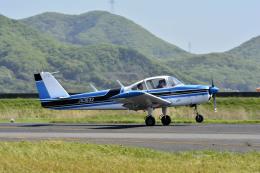 Gambardierさんが、岡南飛行場で撮影した法人所有 FA-200-180 Aero Subaruの航空フォト(写真)