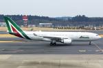 Mar Changさんが、成田国際空港で撮影したアリタリア航空 A330-202の航空フォト(写真)
