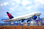 空飛ぶティラミスさんが、シドニー国際空港で撮影したデルタ航空 777-232/LRの航空フォト(写真)