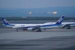 pringlesさんが、羽田空港で撮影した全日空 777-281/ERの航空フォト(写真)