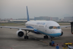 JA8037さんが、廈門高崎国際空港で撮影した厦門航空 757-25Cの航空フォト(写真)
